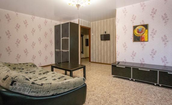 2 комнатная квартира посуточно Красноярск на Мичурина